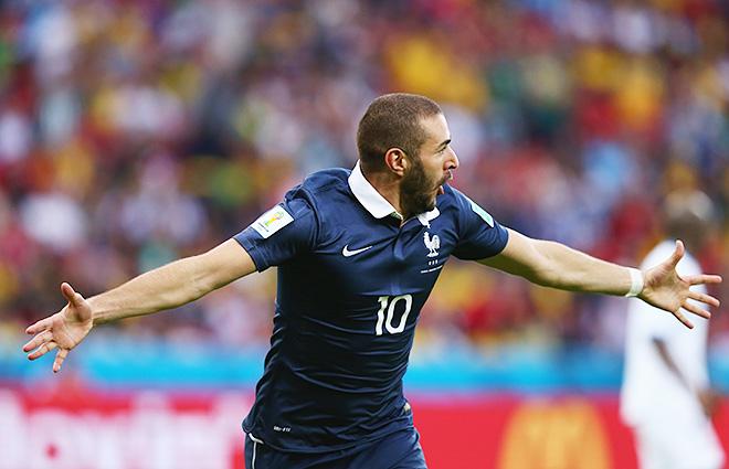 Форвард сборной Франции Карим Бензема забил два гола Гондурасу и проверил в деле систему Goal Control