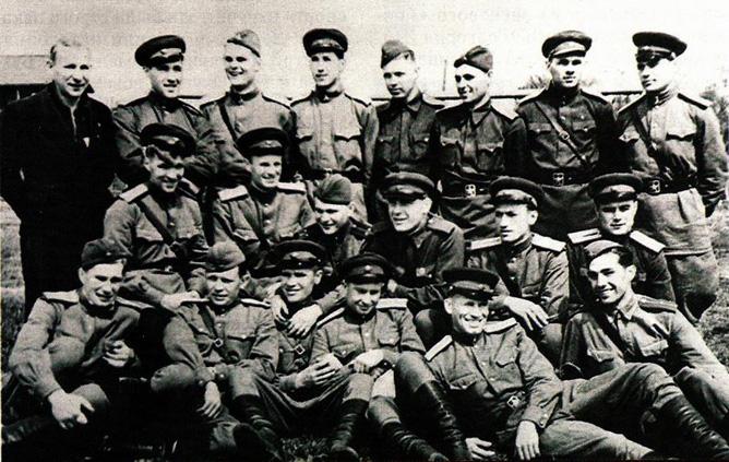 """Команда лейтенантов"". 1943 год"