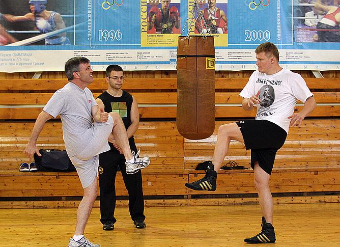 Поветкин завершает подготовку к поединку против Чагаева