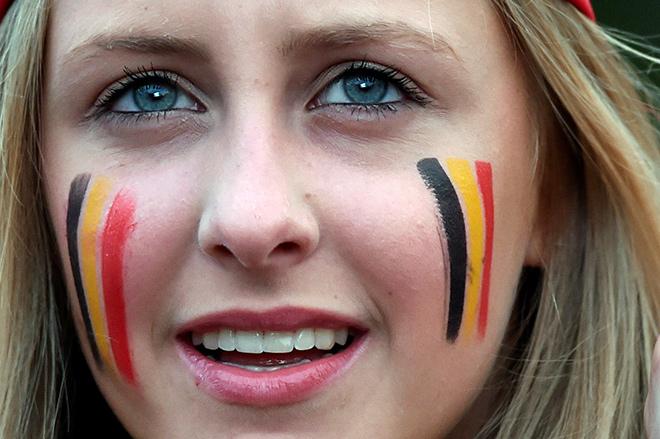 Яркие болельщицы Евро-2016
