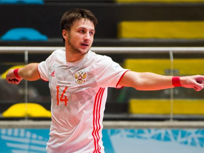 Давыдов второй раз подряд забивает первый гол сборной России