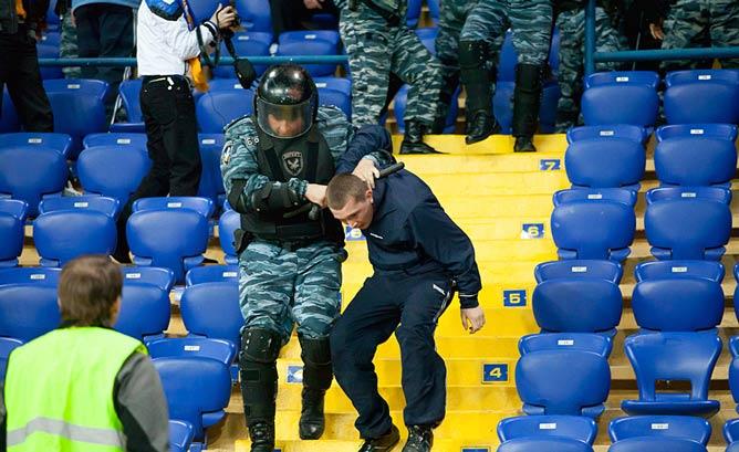 В Харькове с нарушителями порядка особо не церемонятся