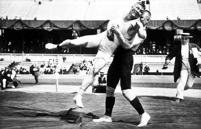 Русский борец Мартин Клейн выиграл у финна Асикайнена самый продолжительный поединок в истории Олимпиад