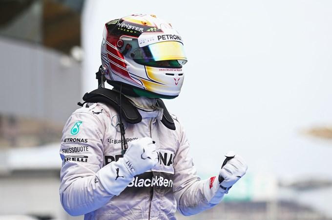 Льюис Хэмилтон выиграл Гран-при Малайзии