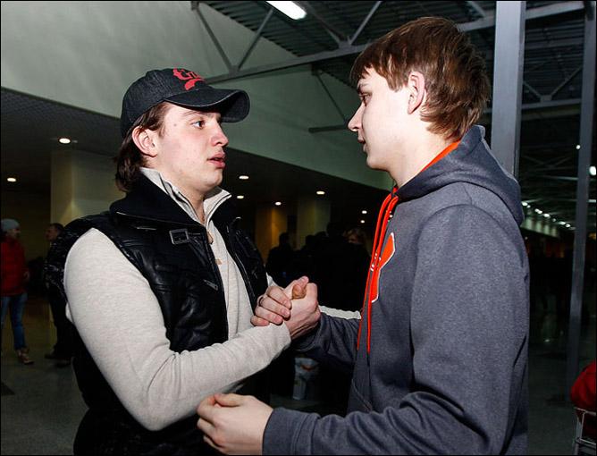 В аэропорту с Богданом Потехиным