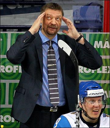 Главный тренер сборной Финляндии Юкка Ялонен