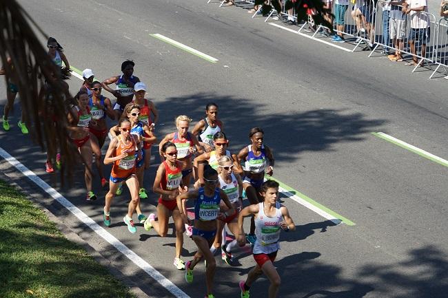 Женский марафон на улицах Рио