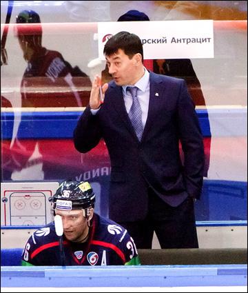 Андрей Тарасенко: Почему молодые игроки мало обращаются к старшим за советами? Стесняются или не хотят?