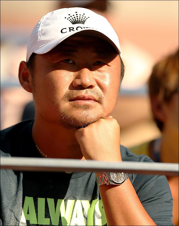 Муж Ли На – Шан Цзян