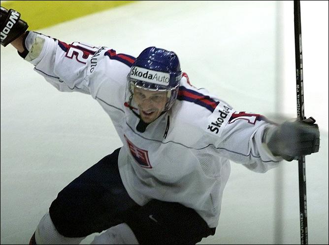 Топ-100 историй ИИХФ. История № 22. 2002. Чемпионство Словакии. Фото 02.
