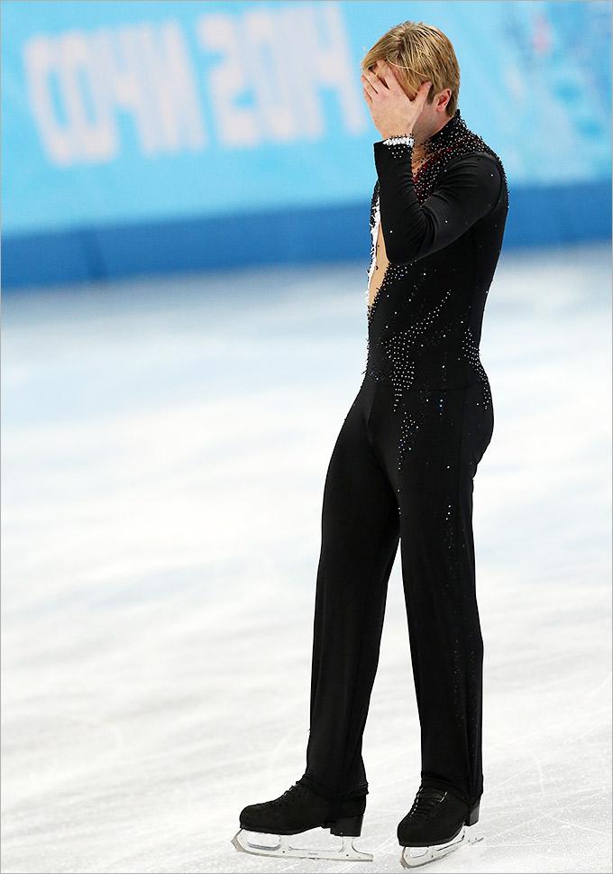 Евгений Плющенко снялся с личного турнира фигуристов