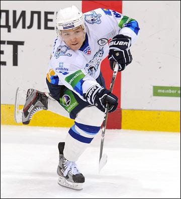 Пример для всех казахстанских хоккеистов Талгат Жайлоуов