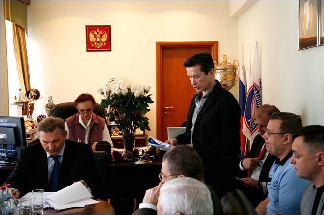 25 апреля 2011 года. Москва. Исполком ФХР