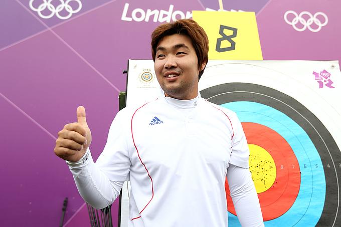 Дон Хьюн Им радуется обновлению мирового рекорда
