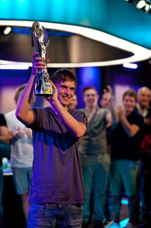 Виктор Блом — победитель турнира супер хайроллеров PCA