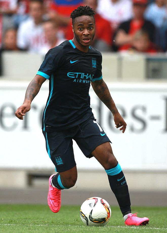 Рахим Стерлинг перешёл в «Манчестер Сити» из «Ливерпуля»