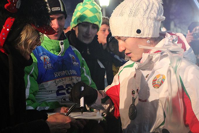 Дарья Домрачева никому не отказала в автографе