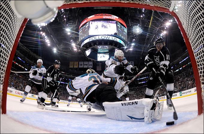 """23 мая 2013 года. Лос-Анджелес. Плей-офф НХЛ. 1/4 финала. Матч № 5. """"Лос-Анджелес"""" — """"Сан-Хосе"""" — 3:0. """"Короли"""" выходят вперёд в серии"""