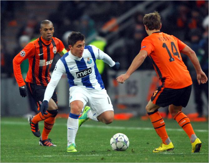 """23 ноября 2011 года. """"Донбасс Арена"""". Лига Чемпионов УЕФА. """"Шахтёр"""" — """"Порту"""" — 0:2."""