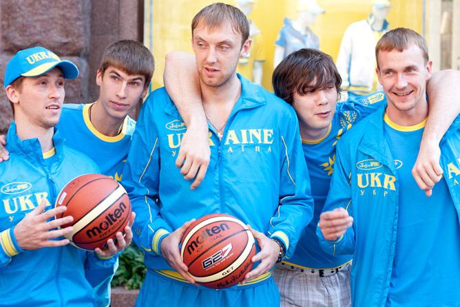 Украинцы отправляются на Евробаскет с хорошим настроением