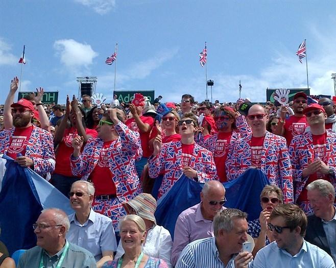 Британские болельщики при параде