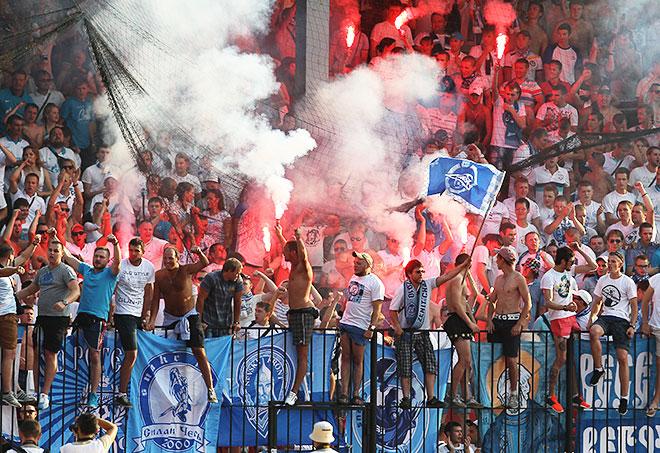 «Арсенал» (Тула) — «Зенит»: матч был остановлен из-за болельщиков гостей