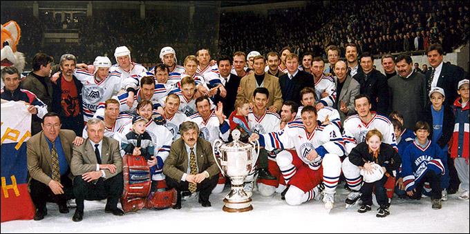 Виктор Королев с командой
