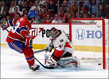 """3 мая 2013 года. Монреаль. Плей-офф НХЛ. 1/8 финала. Матч № 2. """"Монреаль"""" — """"Оттава"""" — 3:1. Брендон Праст пробивает Крэйга Андерсона"""