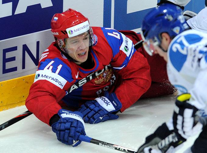Николай Кулёмин в матче против сборной Финляндии