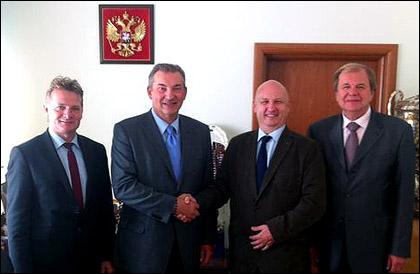 Владислав Третьяк и Валерий Фесюк принимают польскую делегацию