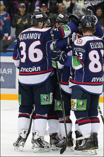 Евгений Варламов и его команда