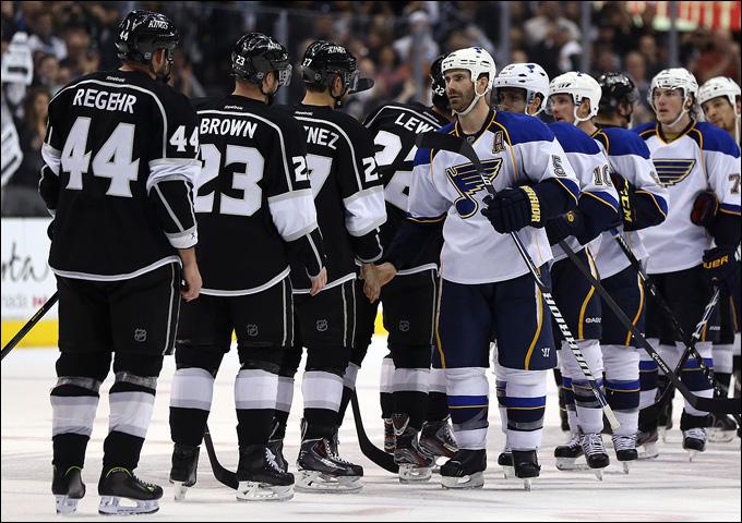 """10 мая 2013 года. Лос-Анджелес. Плей-офф НХЛ. 1/8 финала. Матч № 6. """"Лос-Анджелес"""" — """"Сент-Луис"""" — 2:1. Серия окончена. """"Блюзмены"""" свободны"""