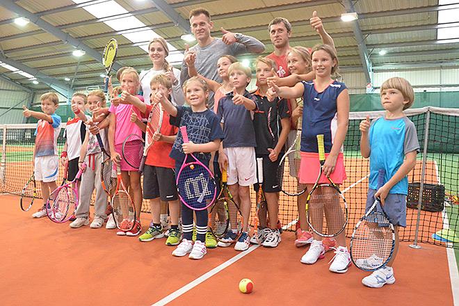 Артём Ребров в теннисной академии Анны Чакветадзе