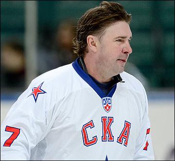 Алексей Касатонов сдержан в исполнении трансферных прихотей тренеров