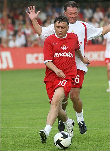 С Федором Черенковым - в матче ветеранов.