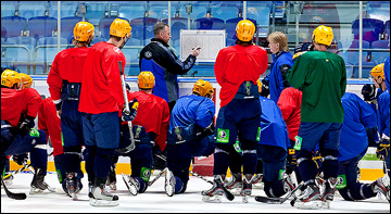 Янне Карлссон на тренировке