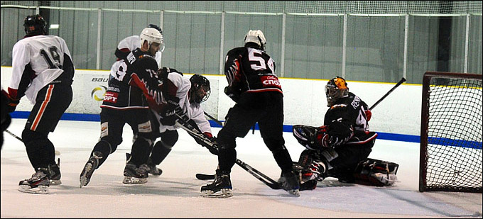 """Hockey Night in Boston"". Бостон. 03.08.2012. ""Омские Ястребы"" — New England (США) — 5:1 (2:0, 2:0, 1:1)"