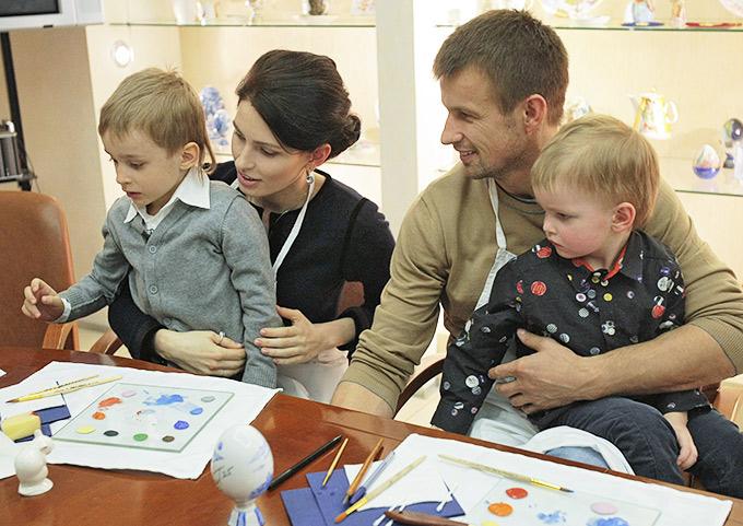 Сергей Семак с супругой и детьми