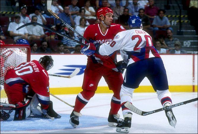 Первый официальный матч между сборными России и Словакии датирован 31 августа 1996 года.