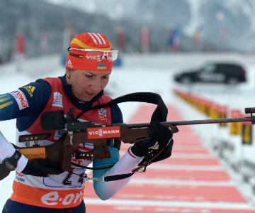 Украинская биатлонистка Елена Пидгрушная опустилась с третьего места на восьмое
