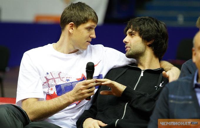 Виктор Хряпа и Милош Теодосич