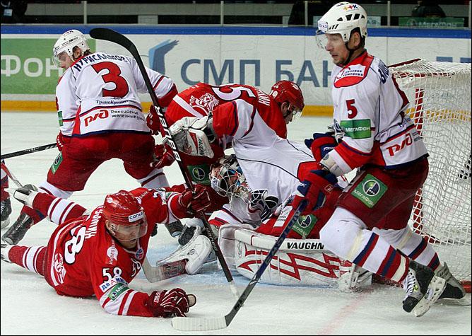 "Хоккей. Сезон 2009/10. ""Локомотив"" (Ярославль). Фото 05."