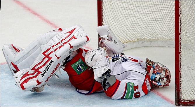 "Хоккей. Сезон 2009/10. ""Локомотив"" (Ярославль). Фото 08."