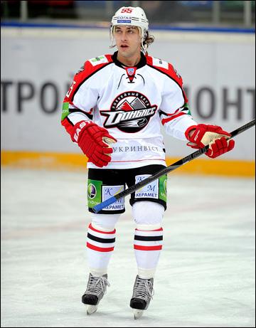 Михаил Анисин так и не стал звездой украинского хоккея, зато стал звездой уфимских хроник