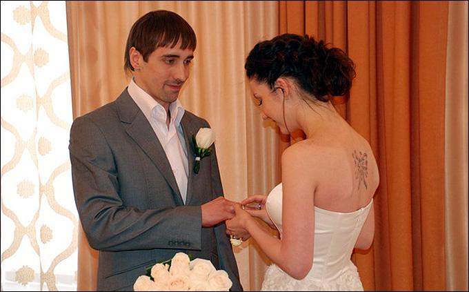 Руслан Абдрахманов с супругой