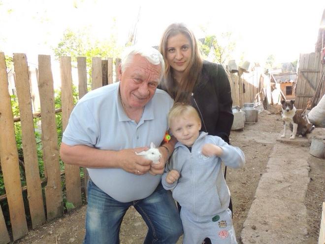 Сергей Михалёв с семьёй