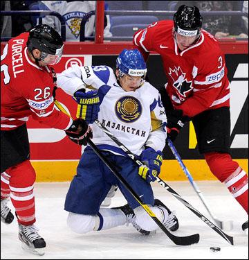 Андрей Спиридонов в матче против сборной Канады