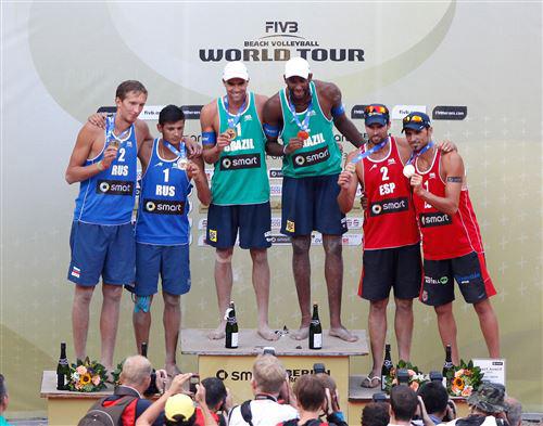 На этапе в Берлине Константин Семёнов и Вячеслав Красильников выиграли серебро