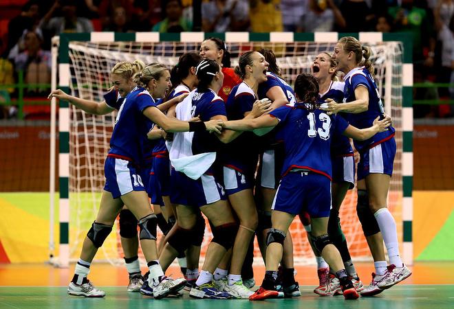 Сборная России впервые выиграла олимпийский турнир по гандболу