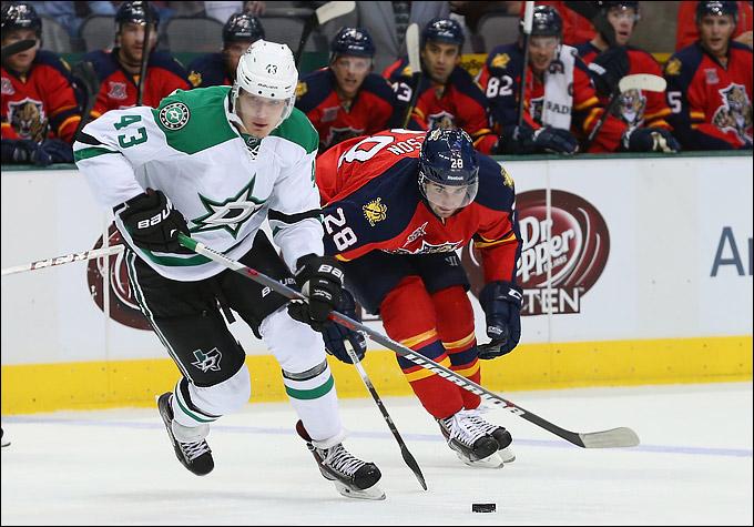 Сергей Гимаев, к слову, связывает не слишком удачную игру Валерия именно с ранним отъездом из КХЛ